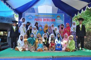 Foto Bersama siswa DTA Berlian